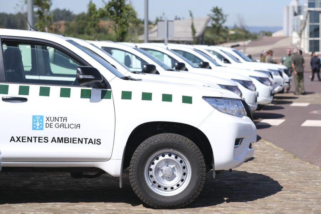 vehículos agentes y vigilantes ambientales